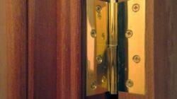 Монтаж дверных петель? Не проблема