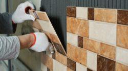 Облицовка деревянных стен кафелем