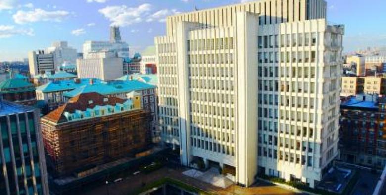 Государственная приемная комиссия представляет в этих случаях вышестоящие организации