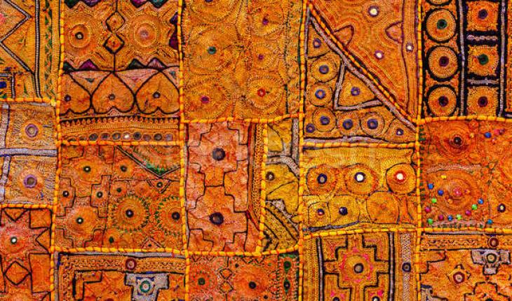 Индийский ковер. История возникновения и процесс изготовления