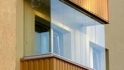 Безрамное остекление балконов и лоджий деревом, металлическими рамами, подготовка к остеклению