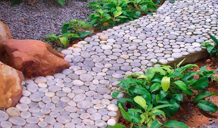Садовая дорожка на даче своими руками. Выбираем материал для дорожек