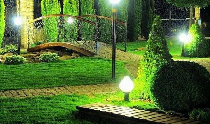 О создании правильного освещения в саду