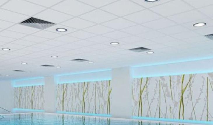 Натяжные потолки во влажных помещениях