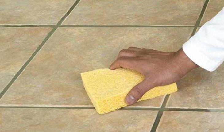 Если надо быстро удалить плиточный клей