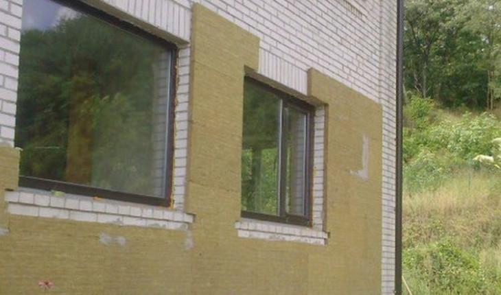 Как утеплить фасад дома