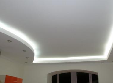 Какой натяжной потолок лучше?