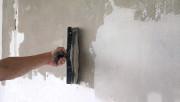 Как правильно шпаклевать окрашенную стену