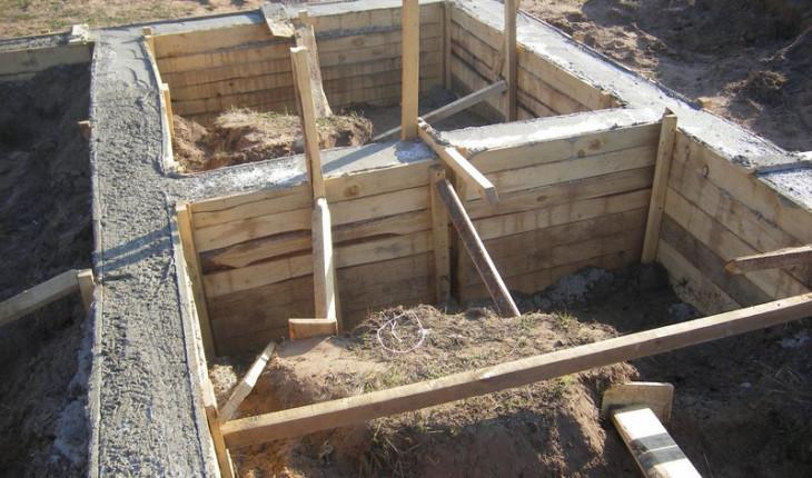 Особенности фундамента при строительстве своими руками