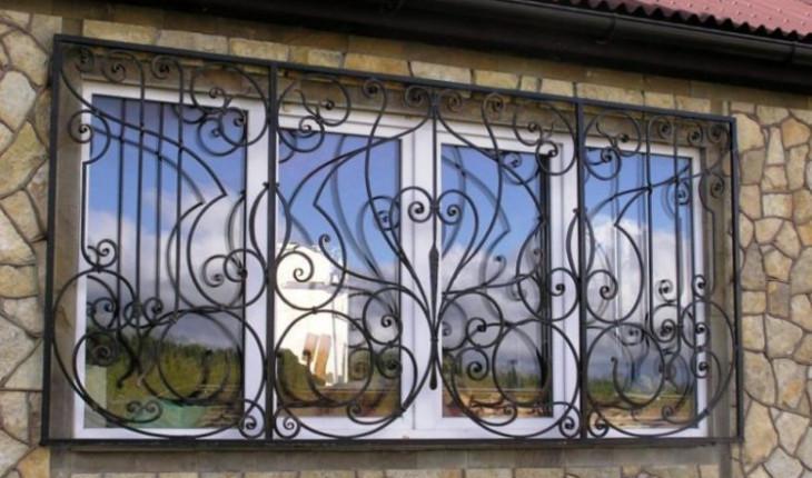 Металлические решетки на окна: красота и функциональность