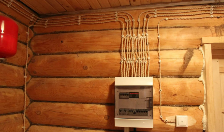 Проводим освещение в построенном доме