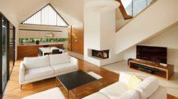 Большая гостиная частного дома