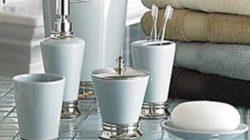Как подобрать стильные аксессуары для ванной