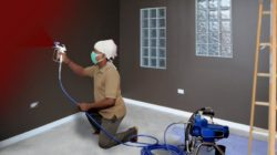 Приводим фасад в порядок при помощи водно-дисперсной краски