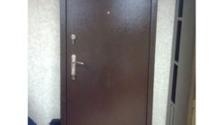 Советы по отделке металлической двери