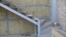 Лестница своими руками из металла