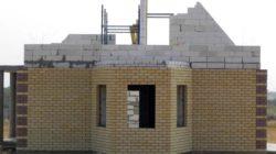 Наружная отделка стен в домах из газобетона