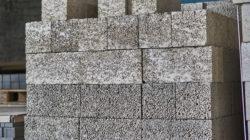 Стеновые пескоцементные блоки: востребованный строительный материал