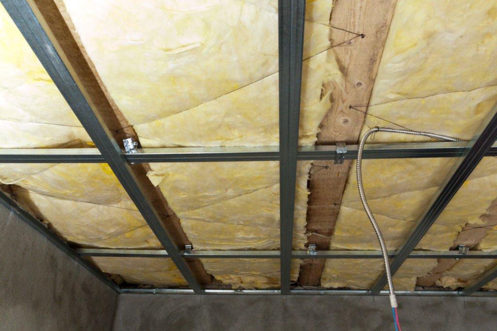 Звукоизоляция и теплоизоляция потолка из гипсокартона