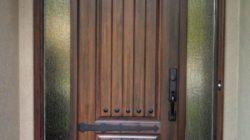 Качественные входные двери из дерева
