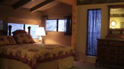 Расположение спальни в загородном доме