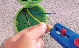 Установка электрических розеток