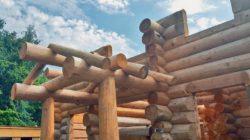 Деревянные дома ручной рубки